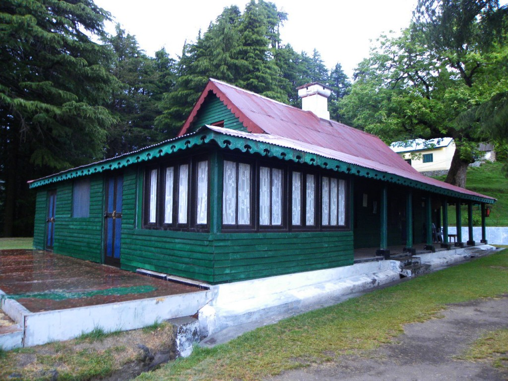 Forest rest house at Kalatop Wildlife Sanctuary; Image credit
