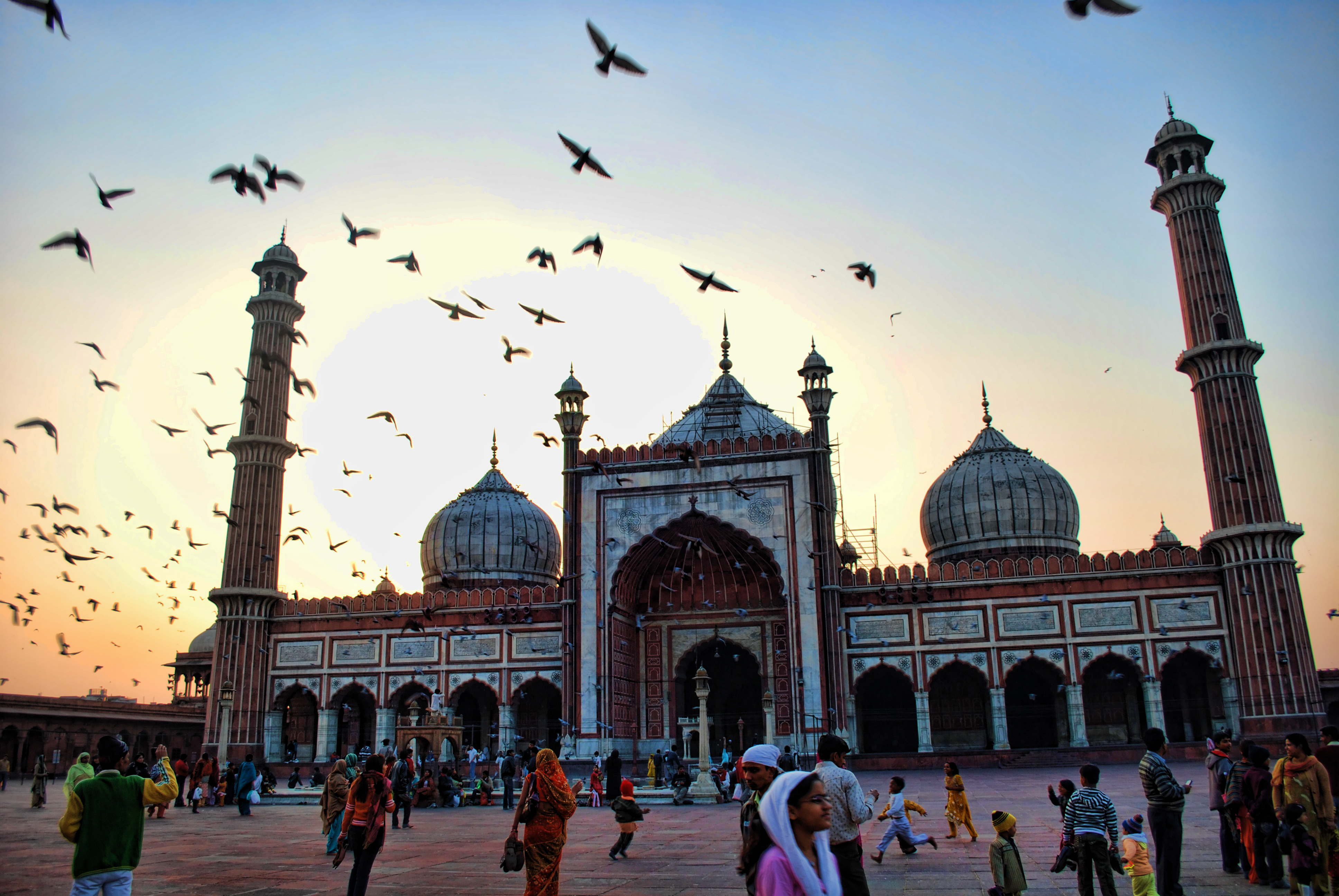 Jama masjid is one the biggest mosques in Asia; Image credit