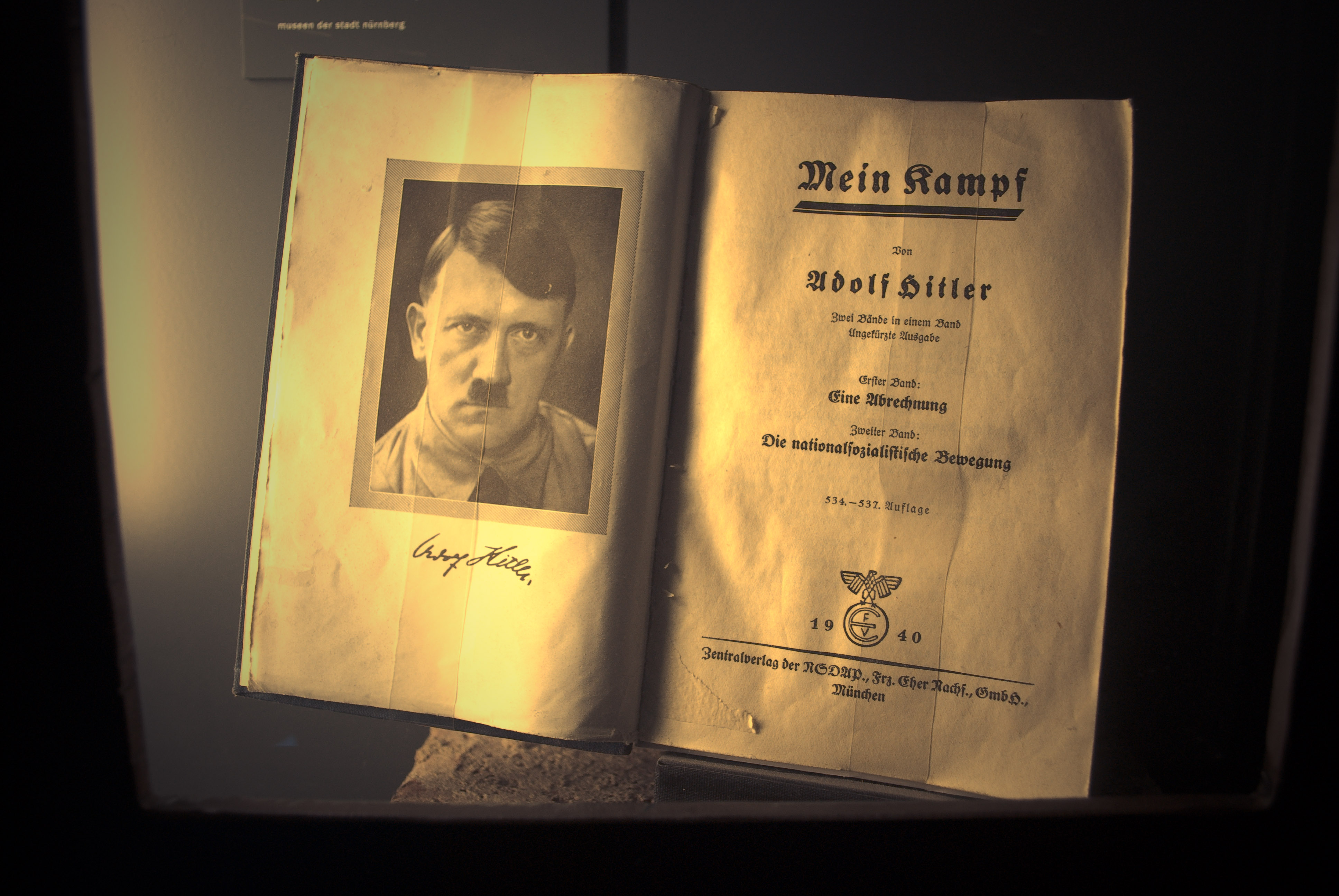 notes on adolf hitler his life essay Adolf hitler the life of the leader introduction -- by hermann göring preface -- by dr joseph göbbels the leader's travels -- by ss-brigade leader julius schreck adolf hitler and his roads -- by inspector general doctor of engineering fritz todt it is pleasing to note that the book may be acquired simply and.